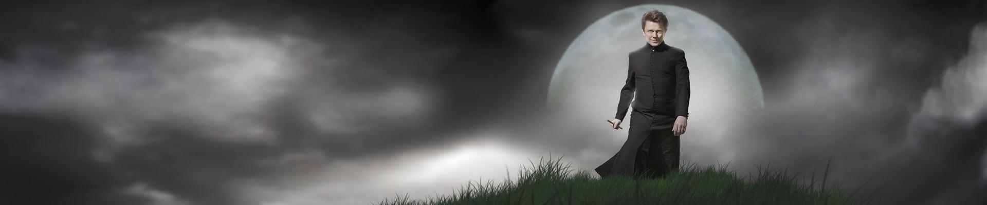 Tom Stone moon